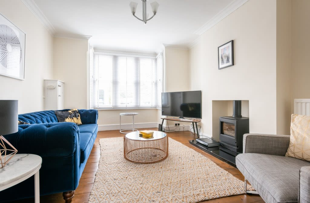 image 1 furnished 5 bedroom Apartment for rent in Oxford, Oxfordshire