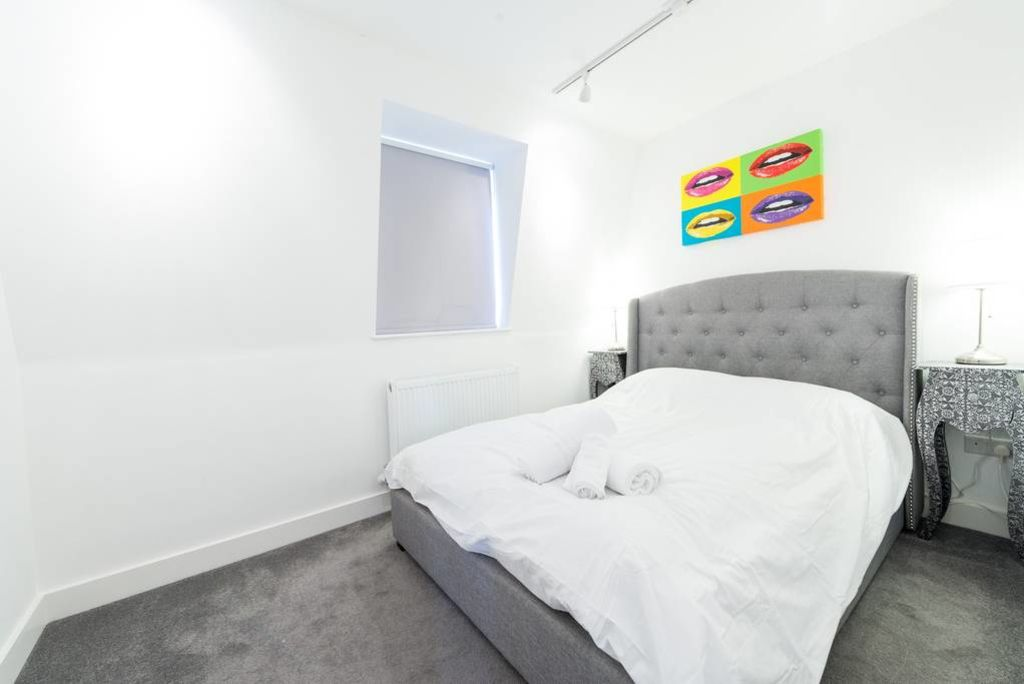 image 8 furnished 2 bedroom Apartment for rent in West Hampstead, Camden