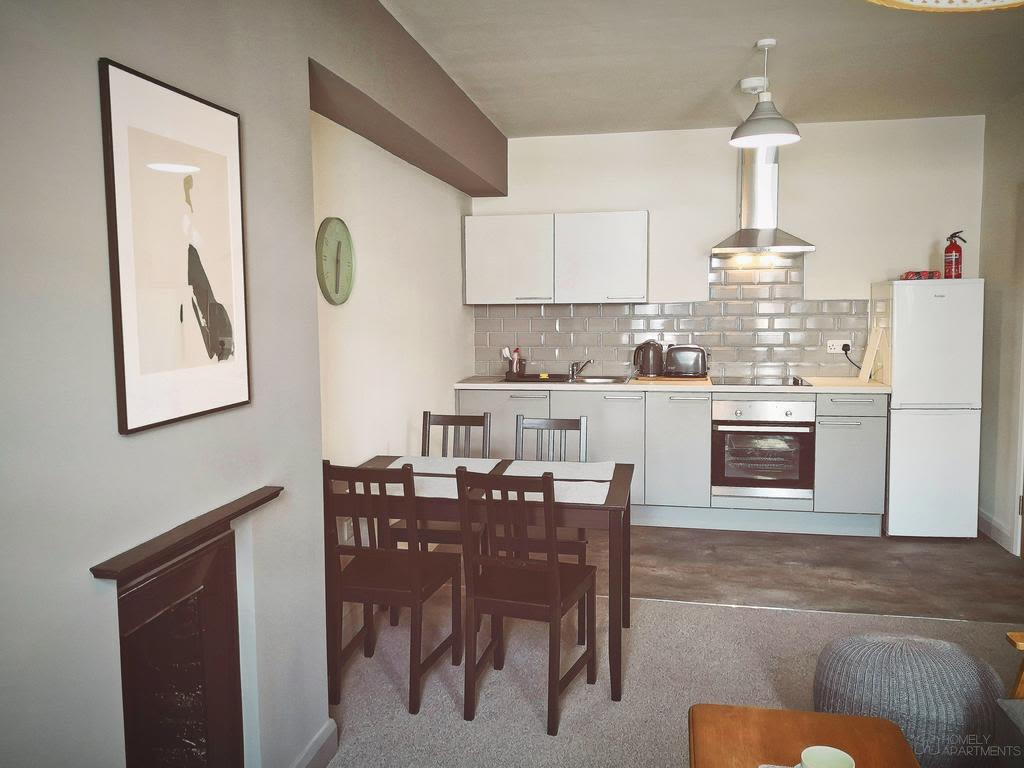 image 6 furnished 2 bedroom Apartment for rent in Sheffield, South Yorkshire