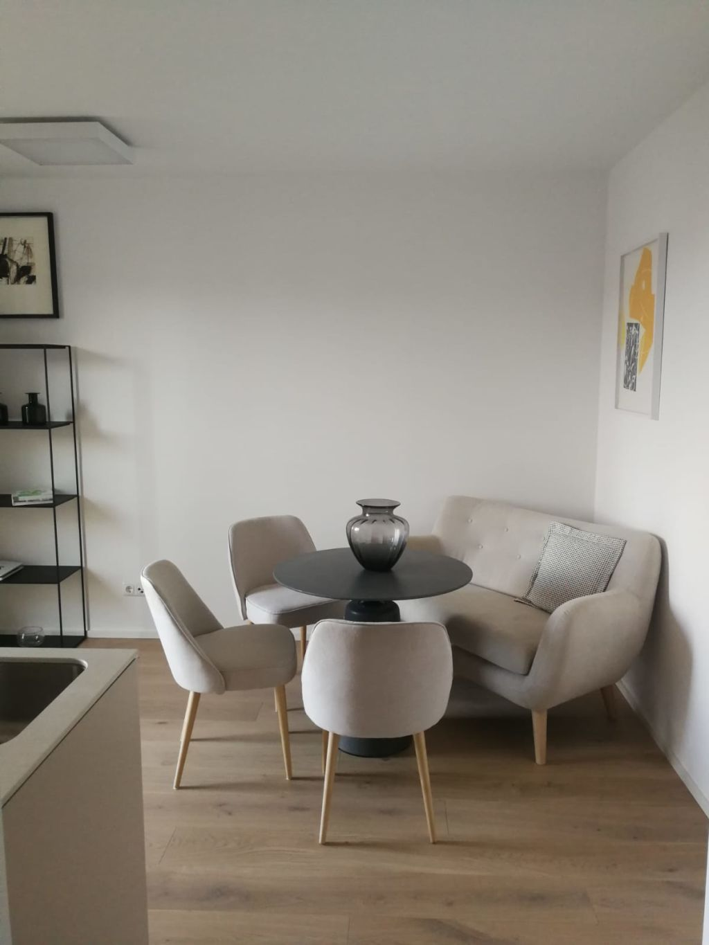 image 2 furnished 1 bedroom Apartment for rent in Linz, Upper Austria