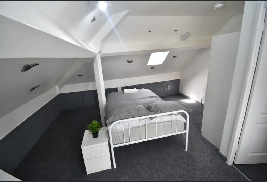 image 1 furnished 3 bedroom Apartment for rent in Cheylesmore, Coventry