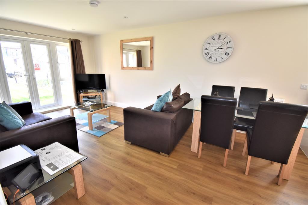image 5 furnished 2 bedroom Apartment for rent in Spelthorne, Surrey
