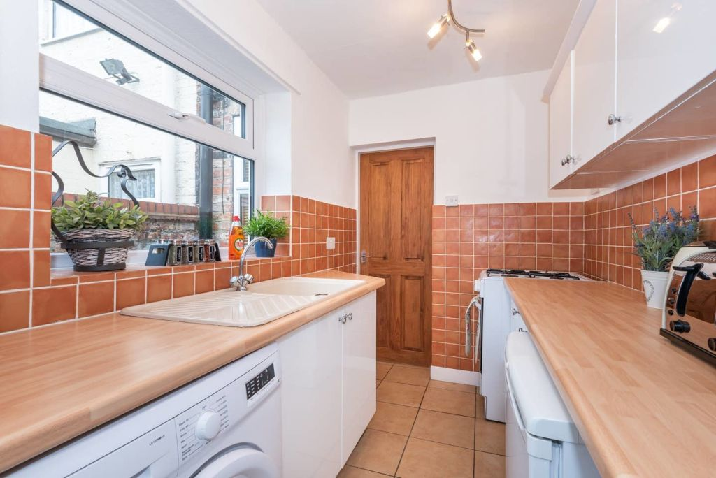 image 4 furnished 2 bedroom Apartment for rent in City of York, North Yorkshire NE