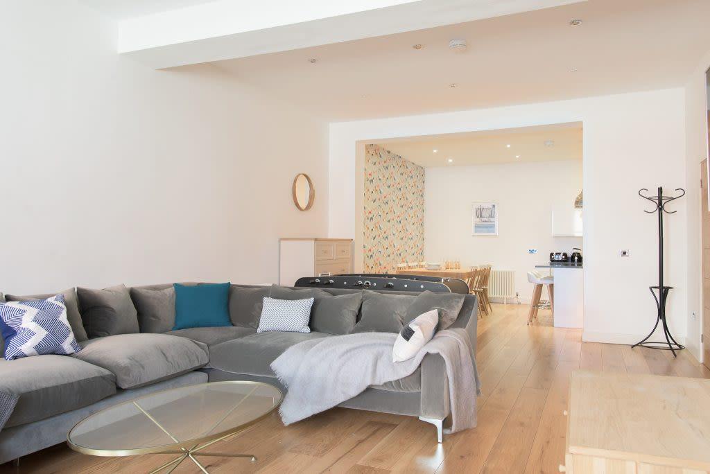 image 2 furnished 3 bedroom Apartment for rent in Edgbaston, Birmingham