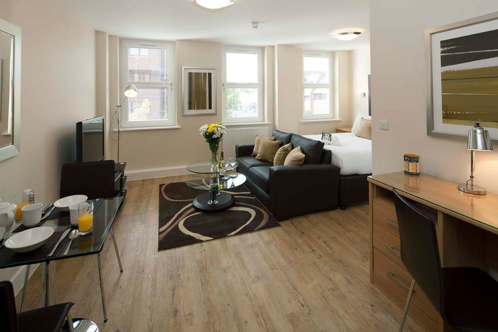 image 1 furnished 1 bedroom Apartment for rent in Surrey Heath, Surrey