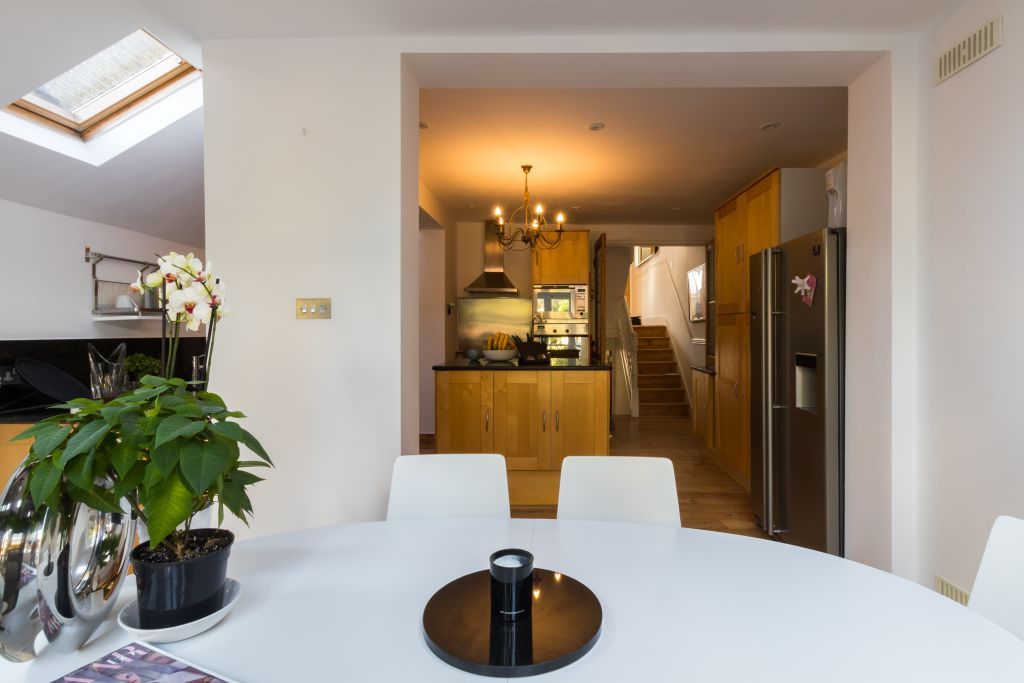 image 4 furnished 4 bedroom Apartment for rent in Sands End, Hammersmith Fulham