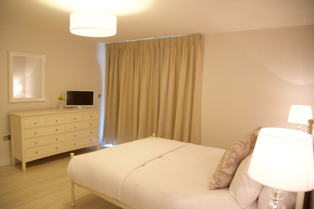 image 5 furnished 3 bedroom Apartment for rent in South Cambridgeshire, Cambridgeshire