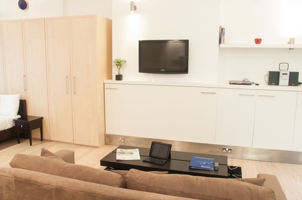 image 2 furnished 1 bedroom Apartment for rent in Bishopsgate, City of London