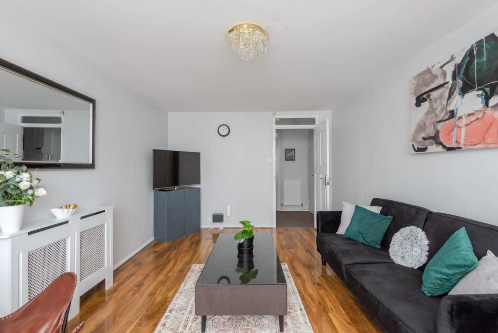 image 7 furnished 2 bedroom Apartment for rent in St Giles, Camden