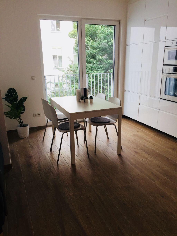 1200 1 Neubau, Vienna
