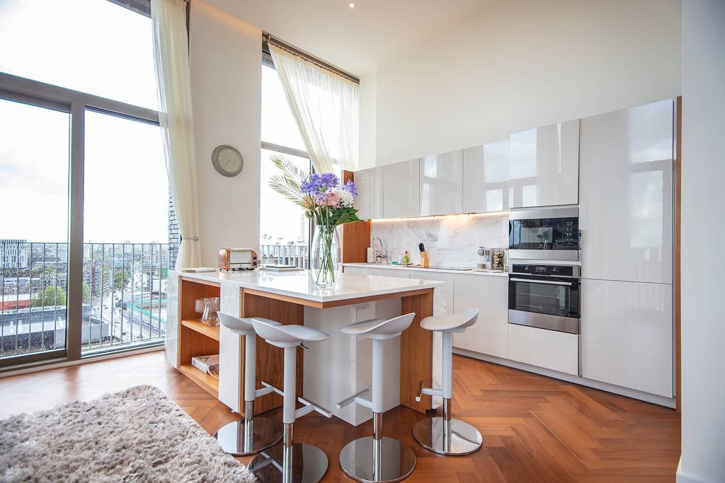 image 5 furnished 3 bedroom Apartment for rent in Wandsworth, Wandsworth