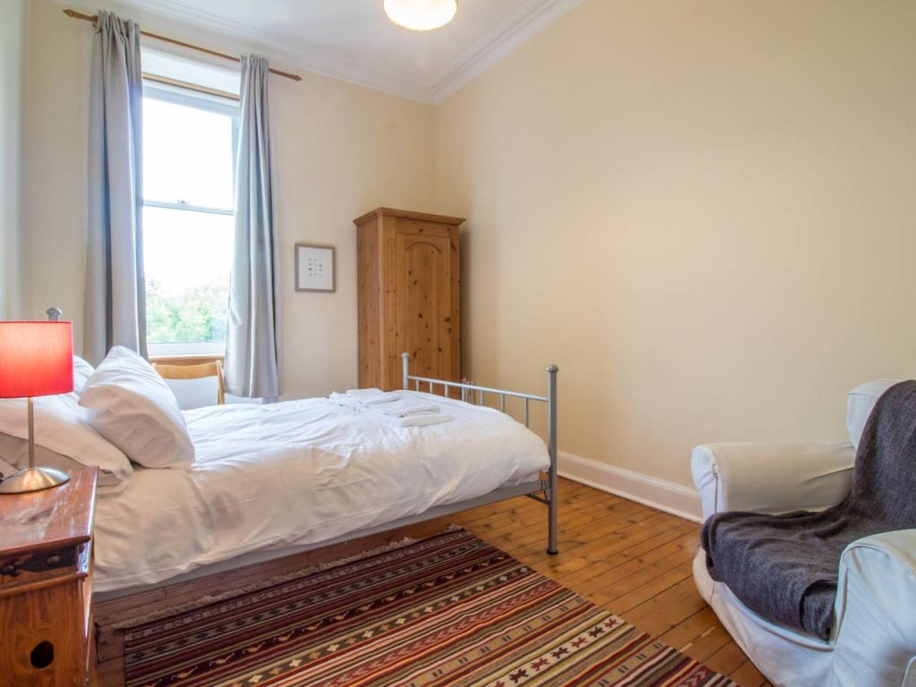image 10 furnished 2 bedroom Apartment for rent in Edinburgh, Scotland