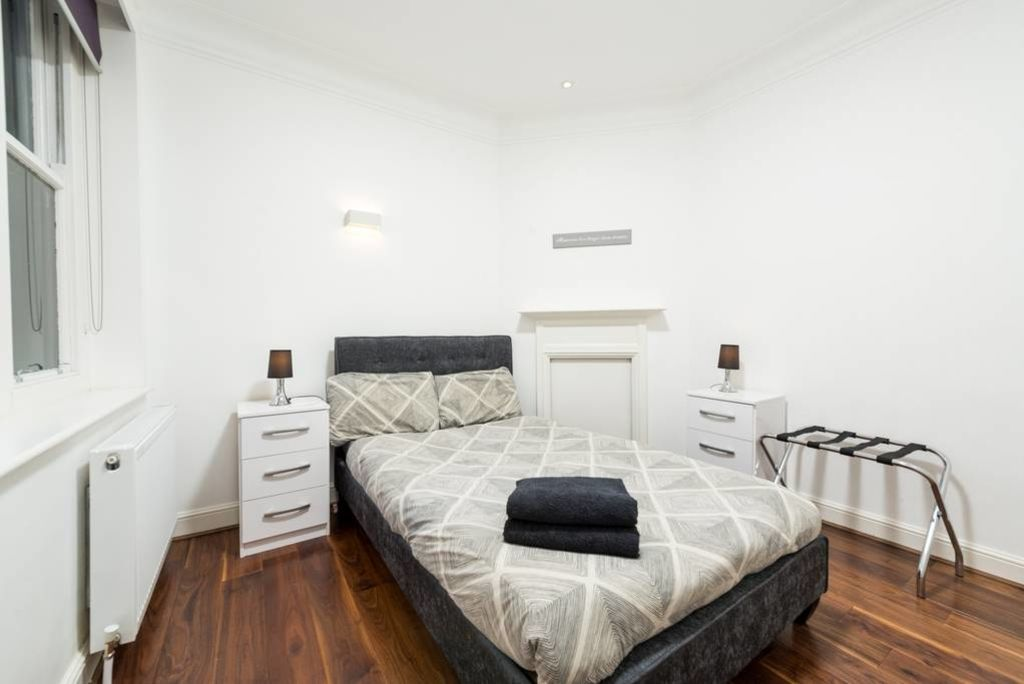 image 6 furnished 2 bedroom Apartment for rent in Castle Baynard, City of London