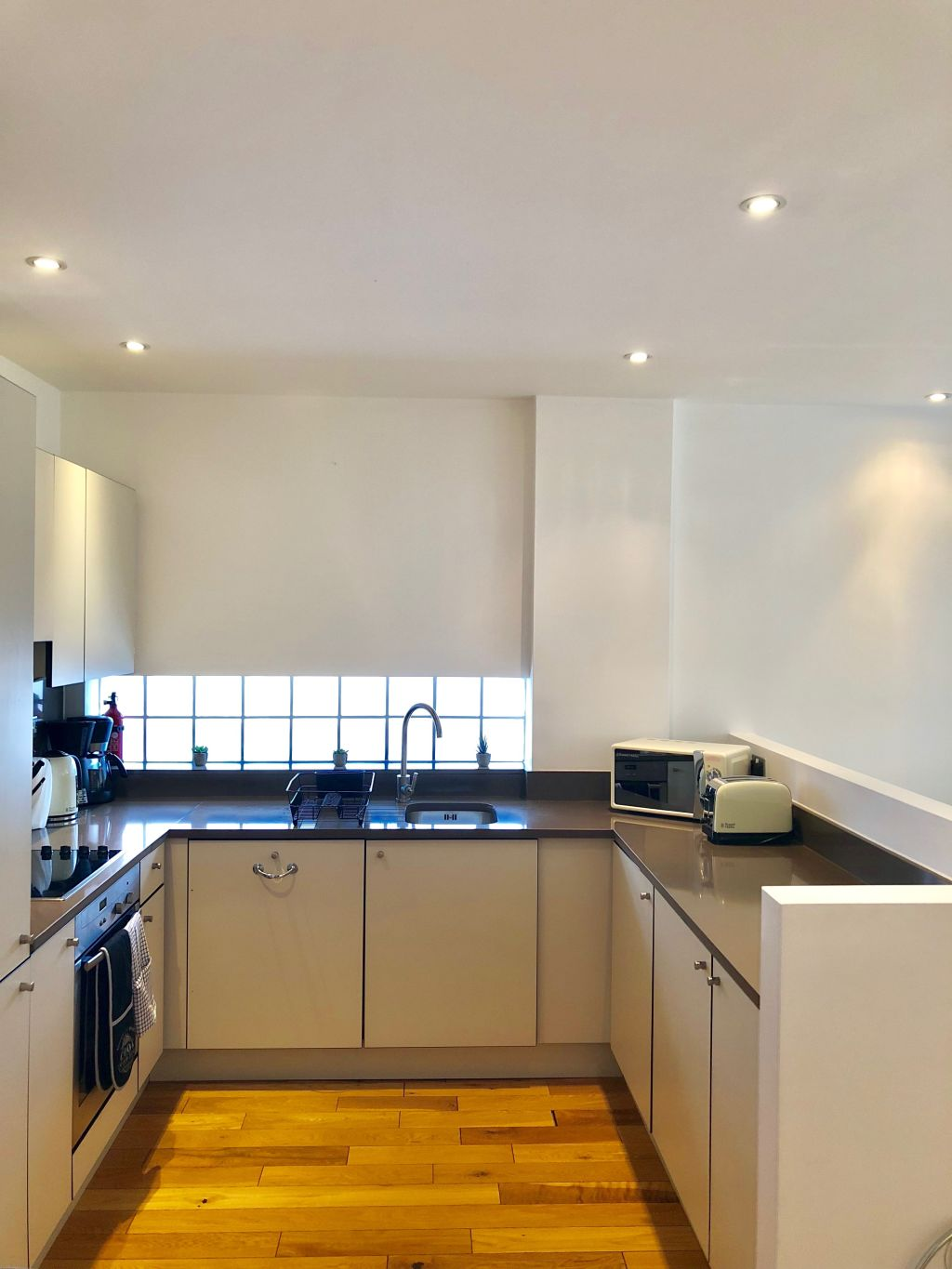 image 9 furnished 2 bedroom Apartment for rent in Whitechapel, Tower Hamlets