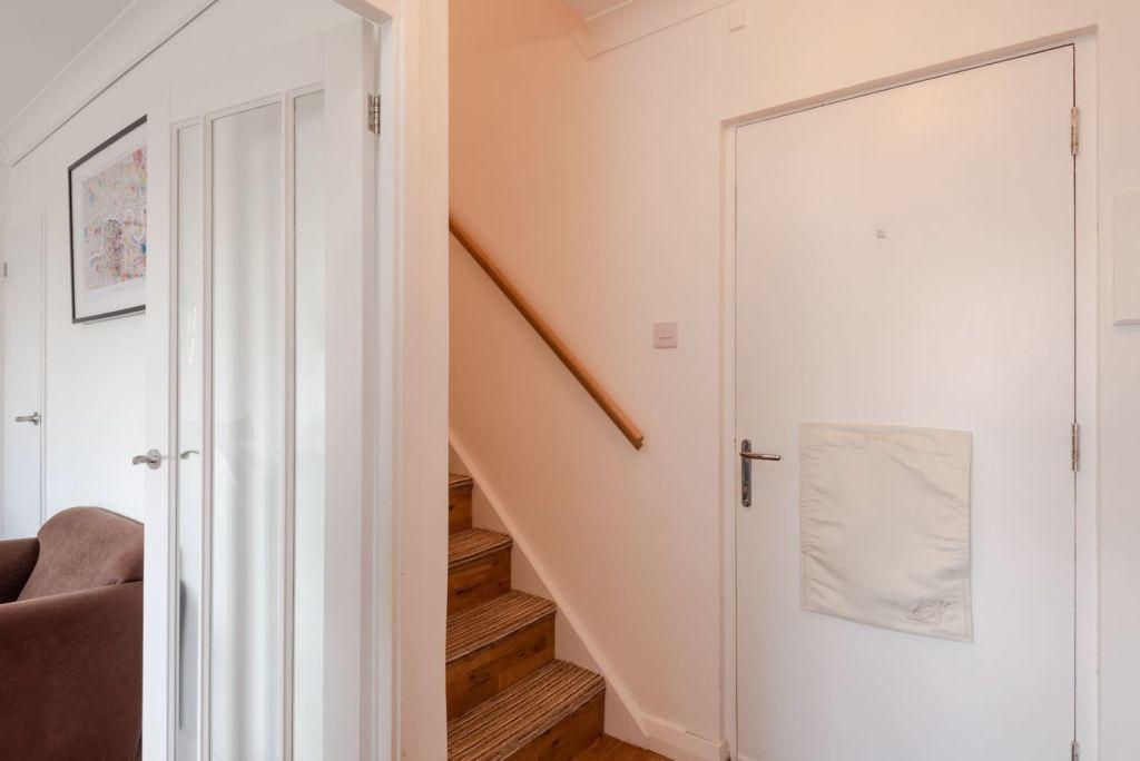 image 8 furnished 2 bedroom Apartment for rent in Mile End, Tower Hamlets