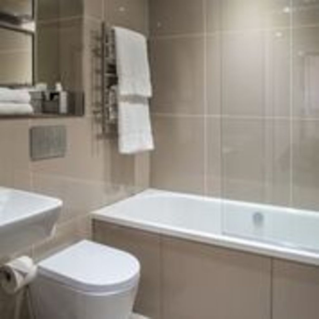 image 5 furnished 2 bedroom Apartment for rent in Clerkenwell, Islington