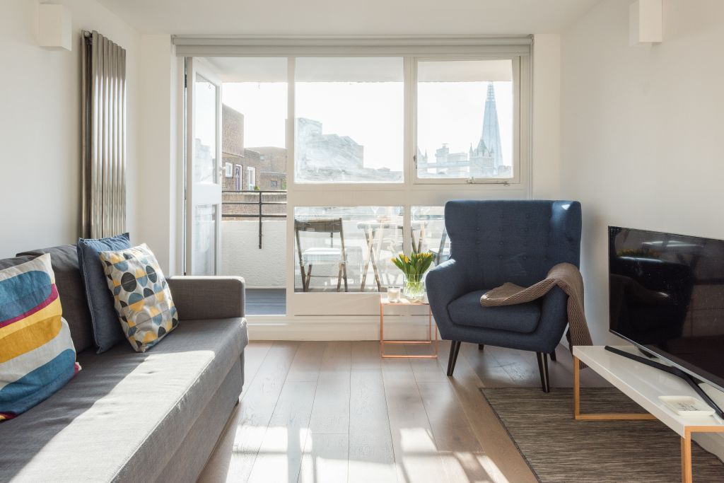 image 2 furnished 1 bedroom Apartment for rent in Wapping, Tower Hamlets