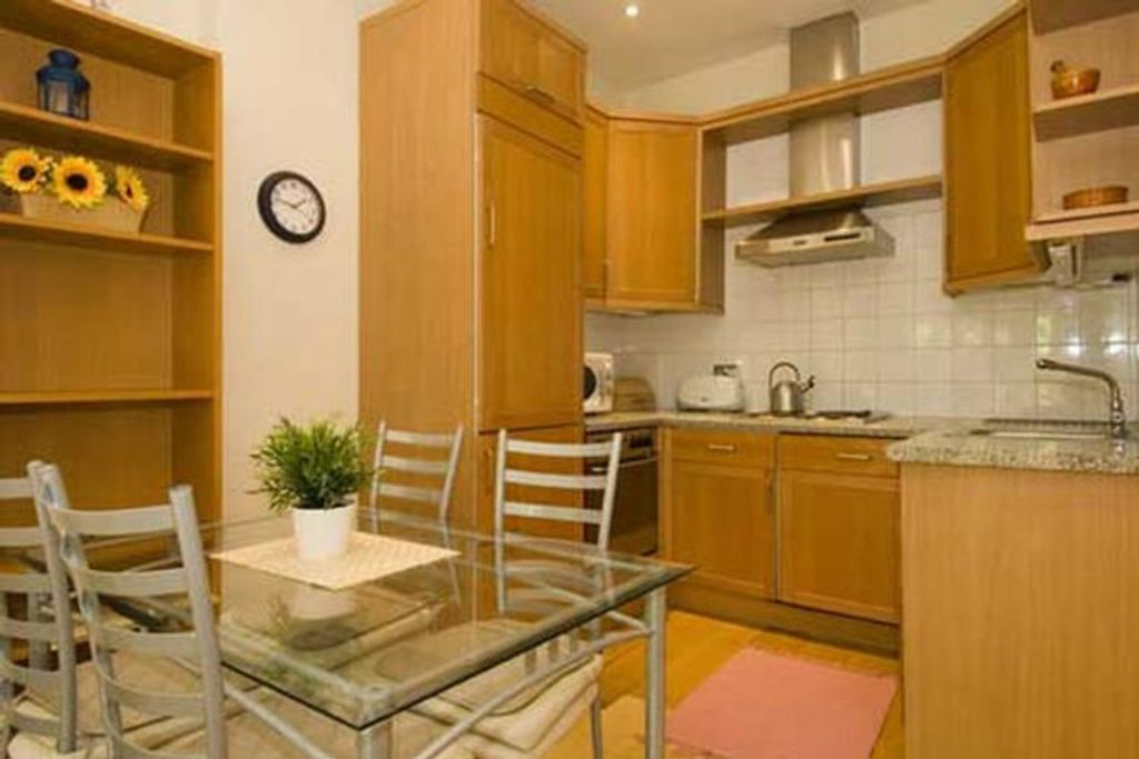 image 5 furnished 2 bedroom Apartment for rent in Holland Park, Kensington Chelsea