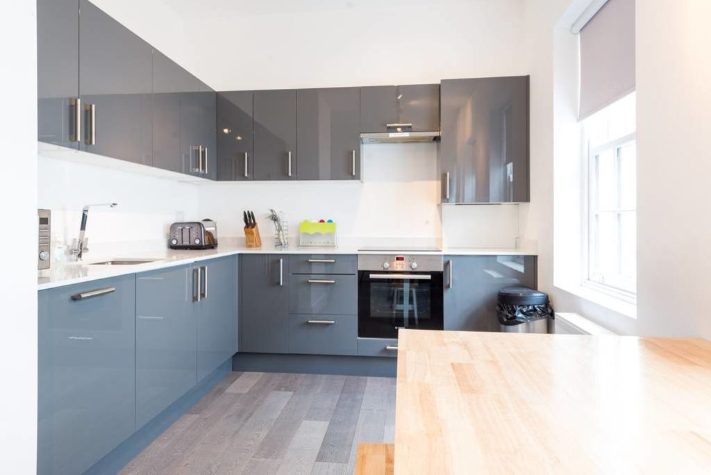 image 7 furnished 2 bedroom Apartment for rent in West Hampstead, Camden