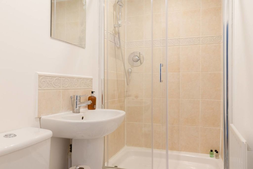 image 6 furnished 3 bedroom Apartment for rent in Oxford, Oxfordshire
