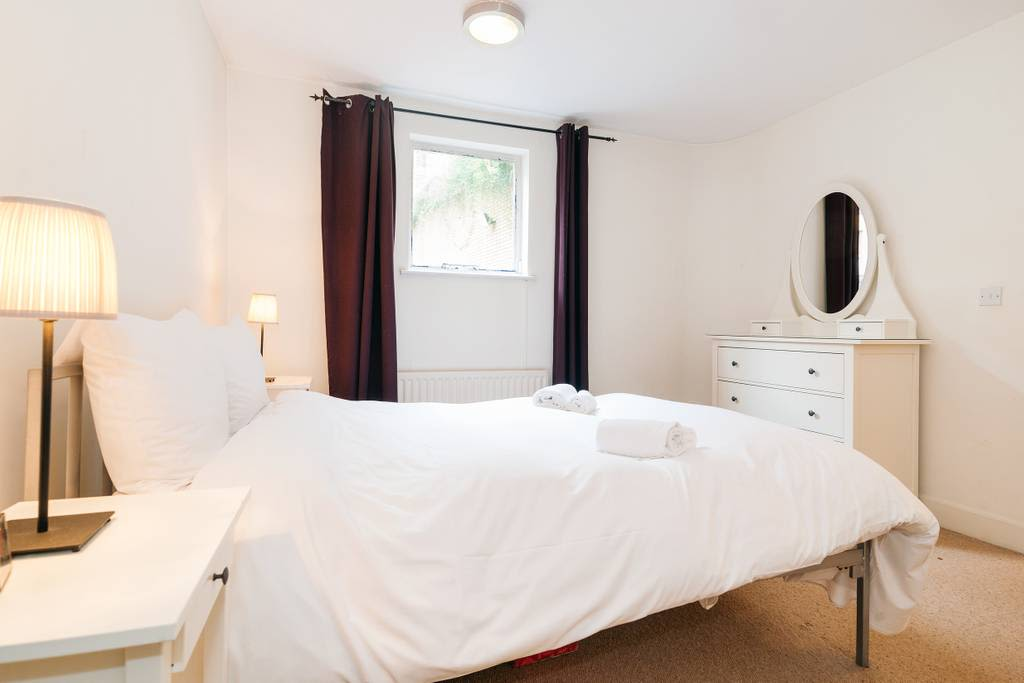 image 1 furnished 2 bedroom Apartment for rent in Barnsbury, Islington