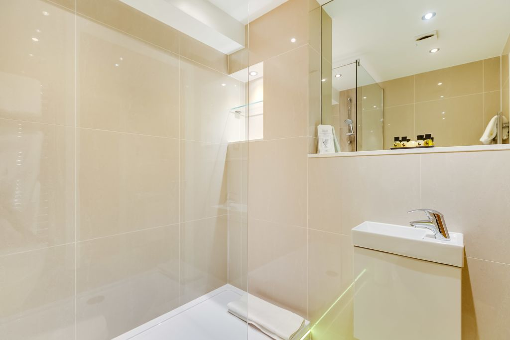 image 9 furnished 1 bedroom Apartment for rent in Belgravia, City of Westminster