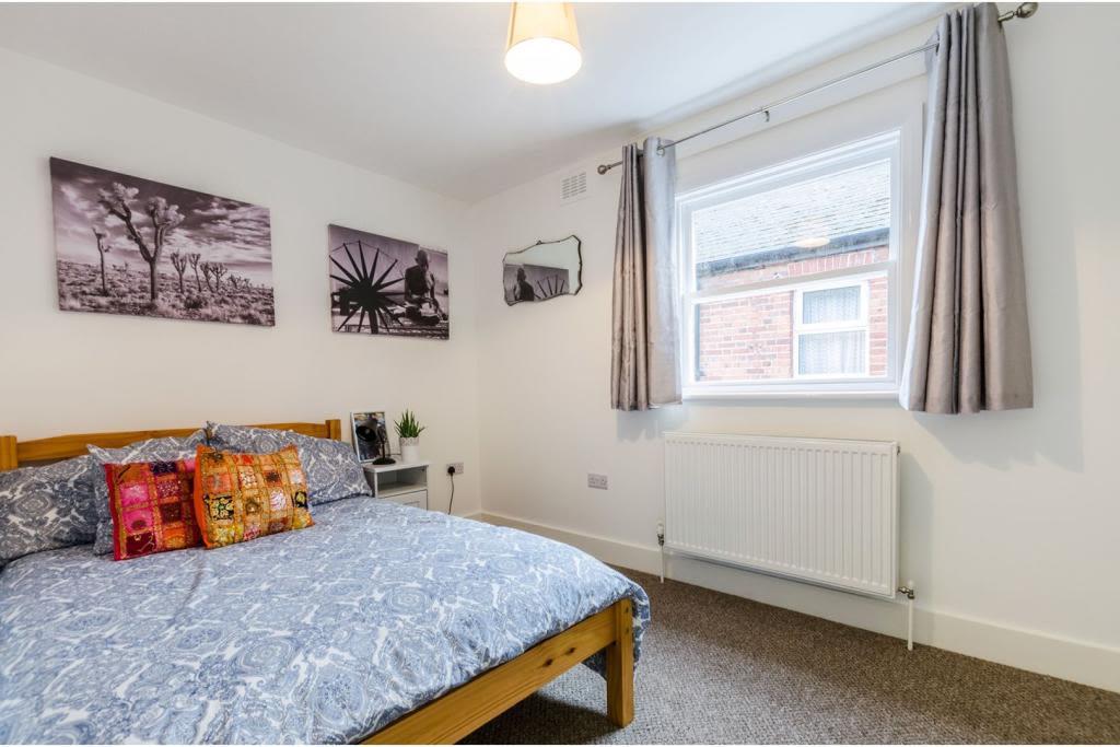 image 7 furnished 2 bedroom Apartment for rent in Cricklewood, Barnet