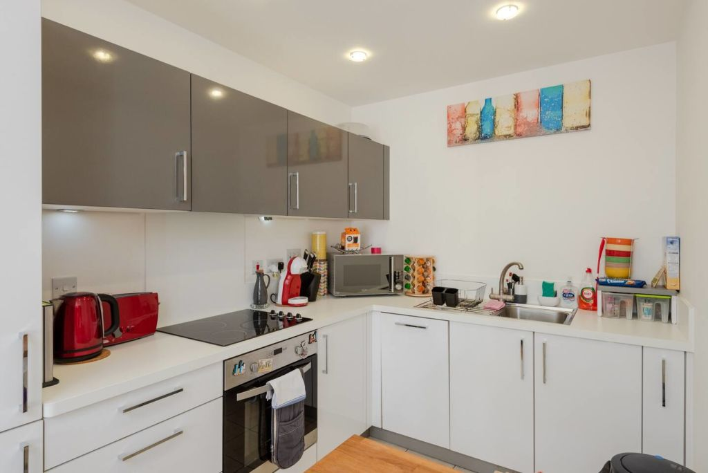 image 6 furnished 1 bedroom Apartment for rent in Bromley by Bow, Tower Hamlets