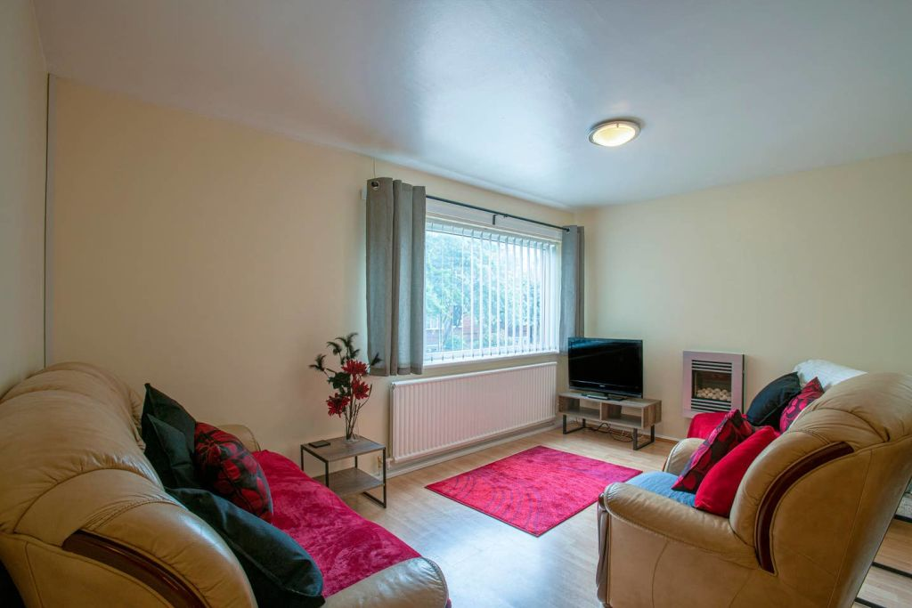 image 1 furnished 2 bedroom Apartment for rent in Longsight, Manchester