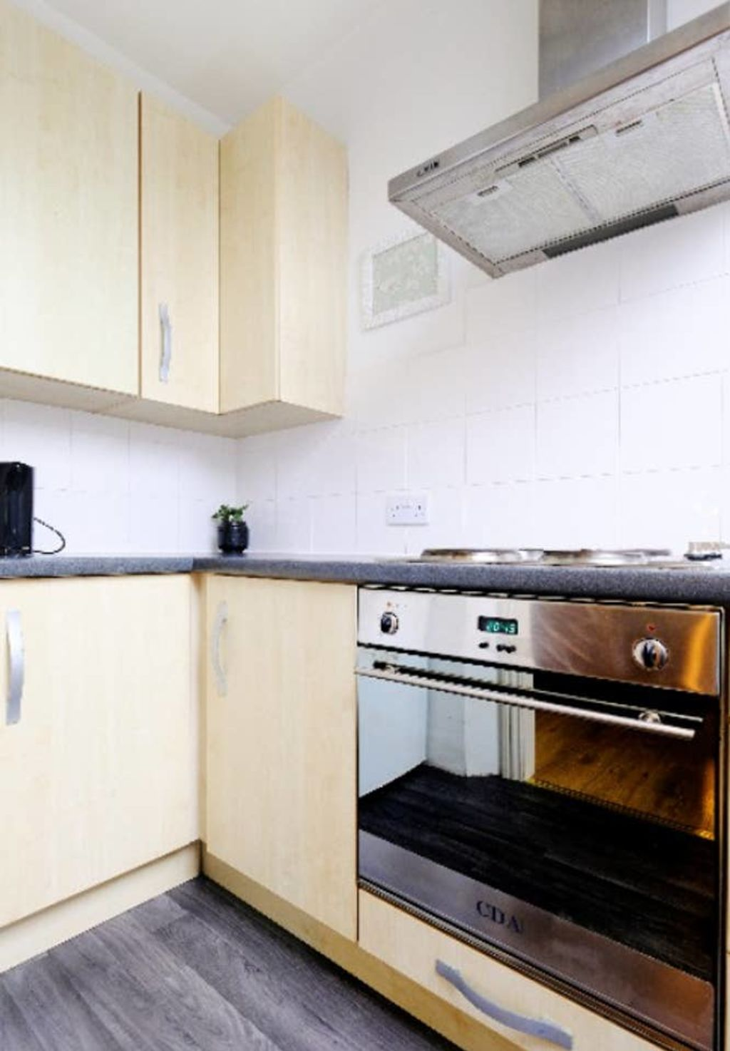 image 3 furnished 1 bedroom Apartment for rent in Hanger Hill, Ealing