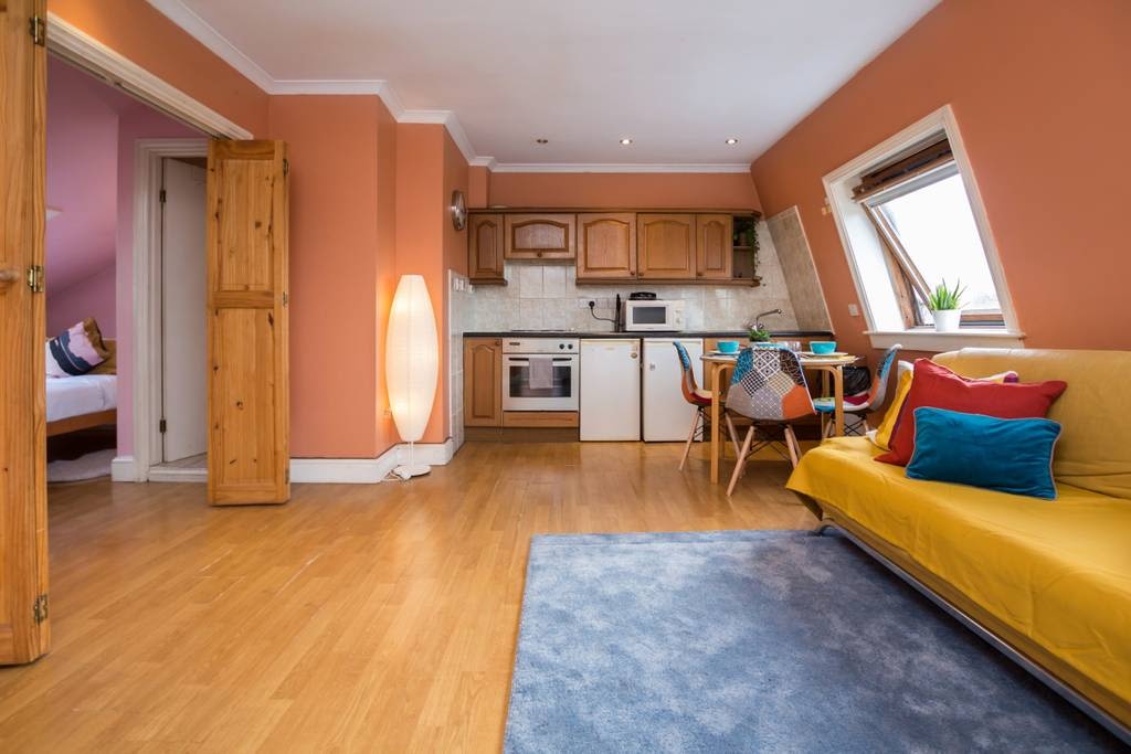 image 3 furnished 1 bedroom Apartment for rent in Shepherds Bush, Hammersmith Fulham