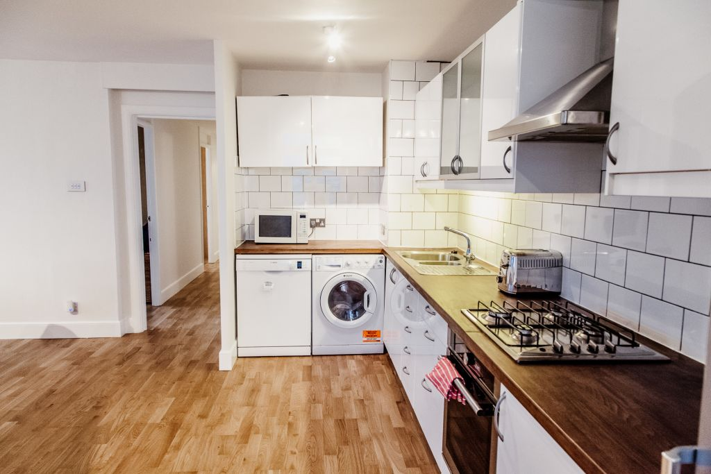 image 6 furnished 2 bedroom Apartment for rent in White City, Hammersmith Fulham