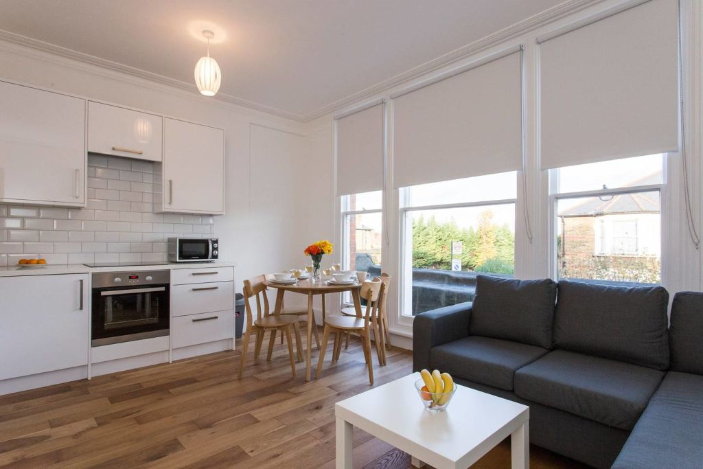 image 3 furnished 2 bedroom Apartment for rent in Lewisham, Lewisham