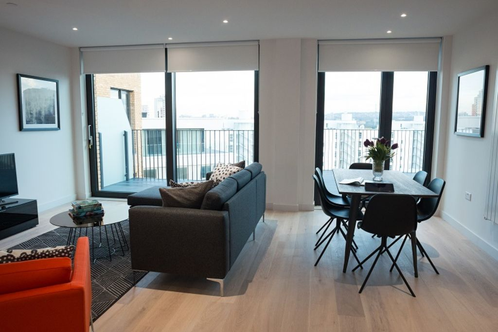 image 2 furnished 2 bedroom Apartment for rent in Silvertown, Newham