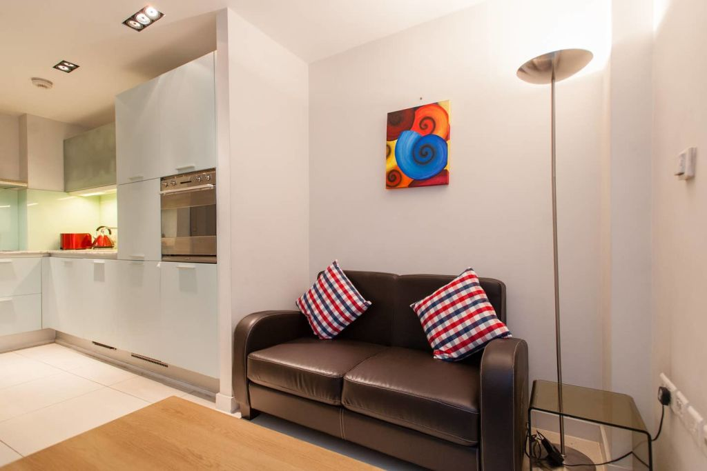 image 1 furnished 1 bedroom Apartment for rent in Farringdon Without, City of London