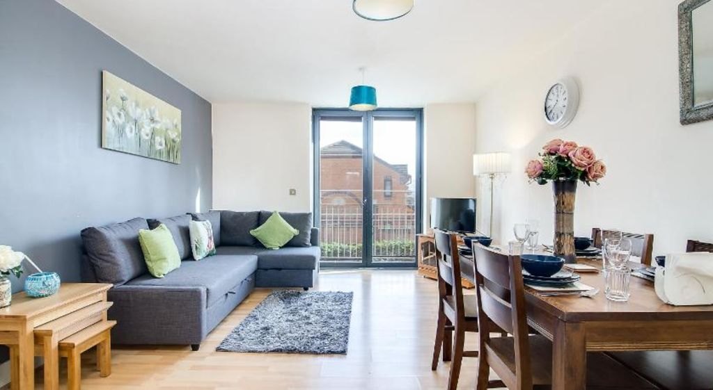 image 3 furnished 2 bedroom Apartment for rent in Ladywood, Birmingham