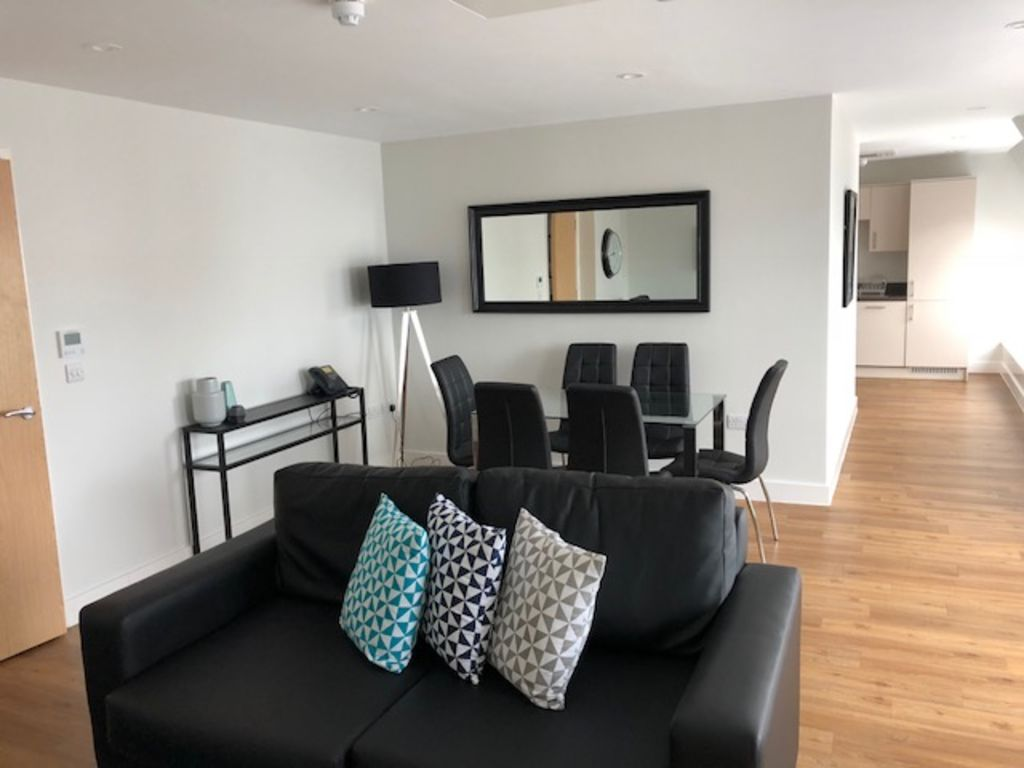 image 9 furnished 3 bedroom Apartment for rent in South Wimbledon, Merton