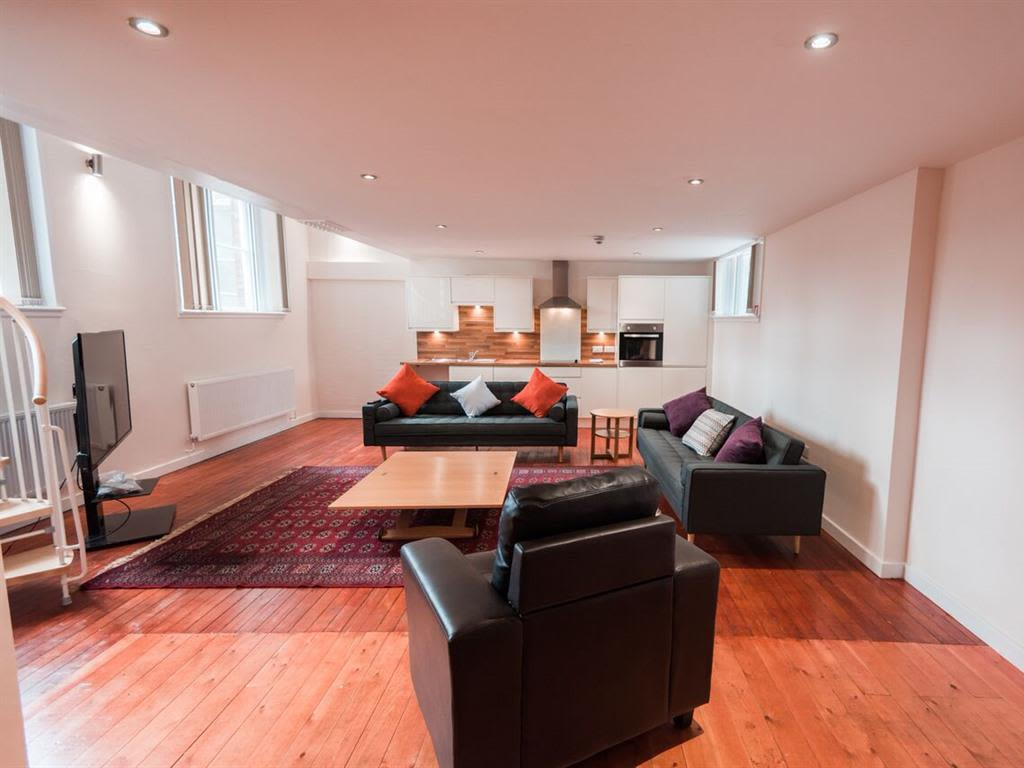 image 1 furnished 1 bedroom Apartment for rent in Kingston upon Hull, East Riding