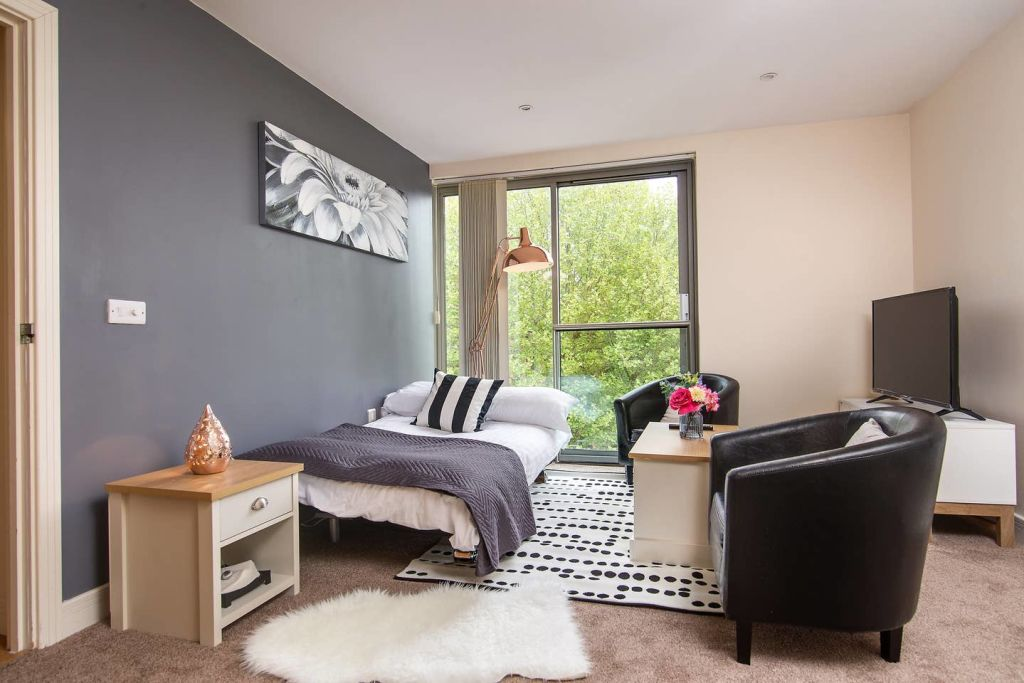 image 2 furnished 2 bedroom Apartment for rent in Ladywood, Birmingham