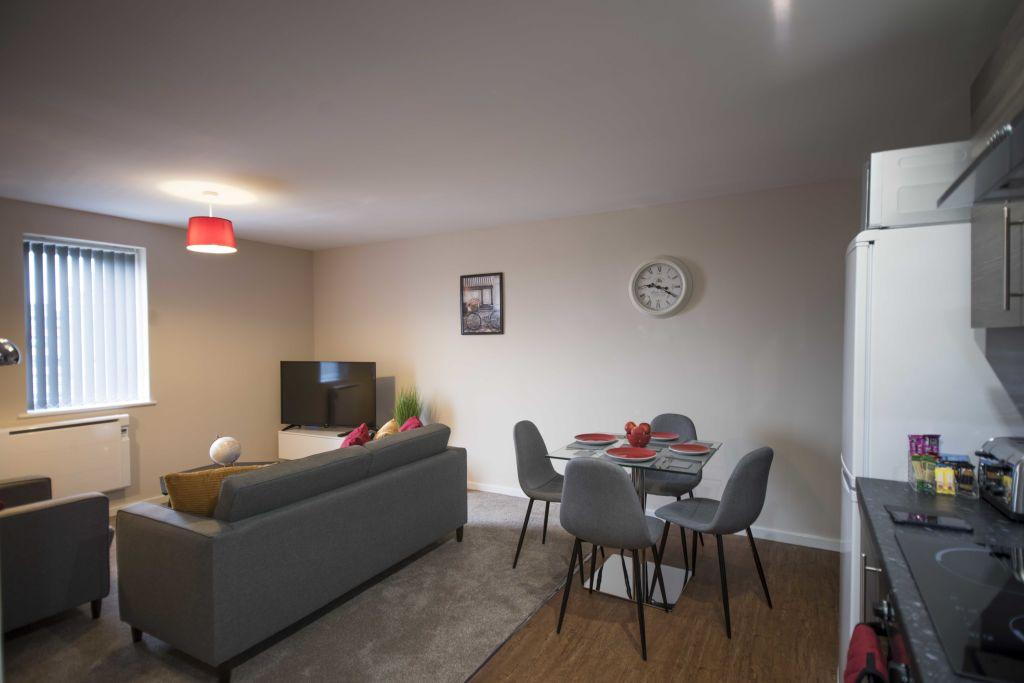 image 8 furnished 2 bedroom Apartment for rent in Longford, Hillingdon