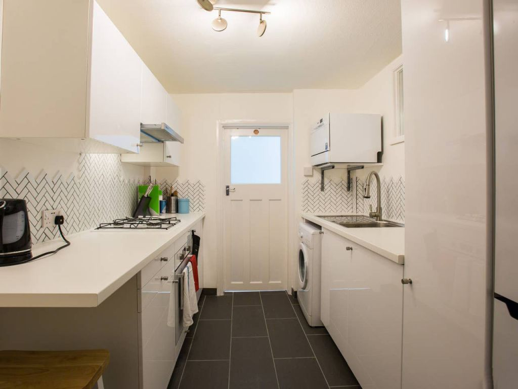 image 2 furnished 1 bedroom Apartment for rent in Brighton - Hove, East Sussex