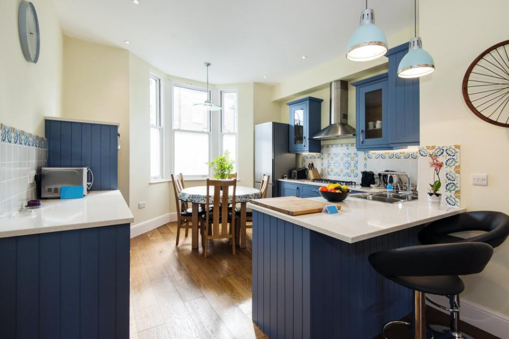 image 6 furnished 3 bedroom Apartment for rent in Fulham, Hammersmith Fulham