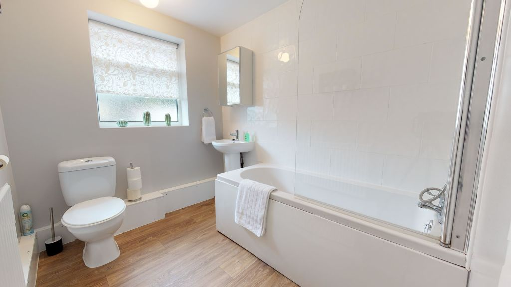 image 10 furnished 2 bedroom Apartment for rent in Peterborough, Cambridgeshire