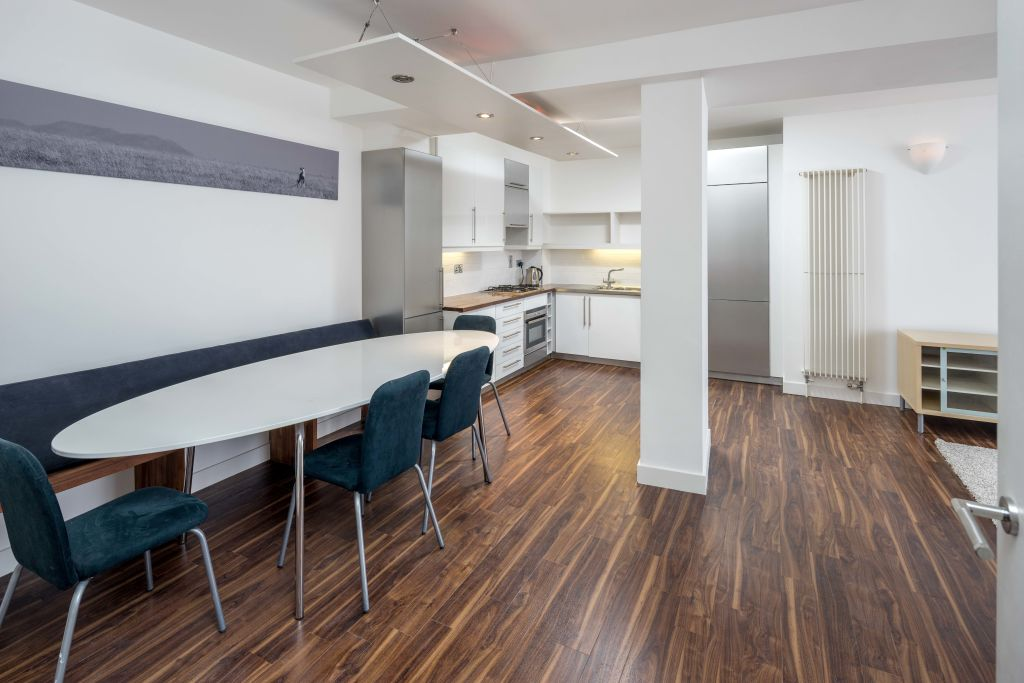 image 2 furnished 2 bedroom Apartment for rent in Islington, Islington