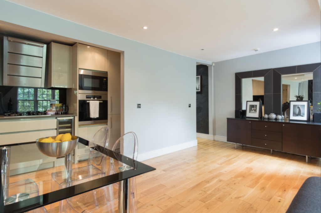 image 3 furnished 2 bedroom Apartment for rent in Hounslow, Hounslow