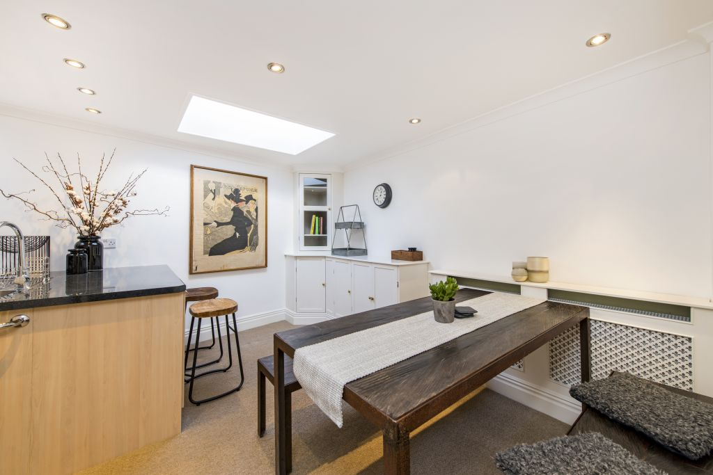 image 2 furnished 2 bedroom Apartment for rent in Notting Hill, Kensington Chelsea