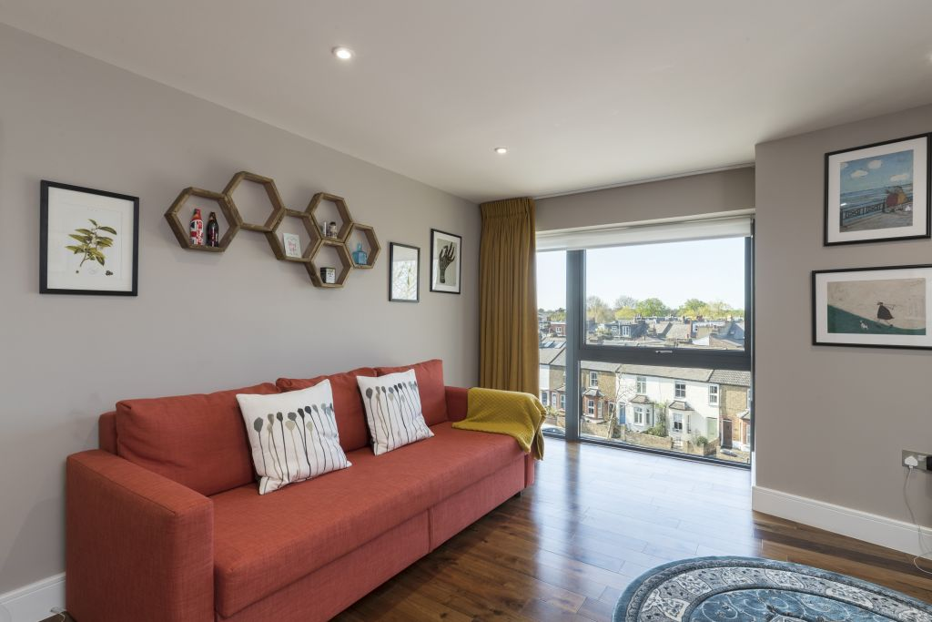 image 2 furnished 2 bedroom Apartment for rent in Richmond, Richmond upon Thames