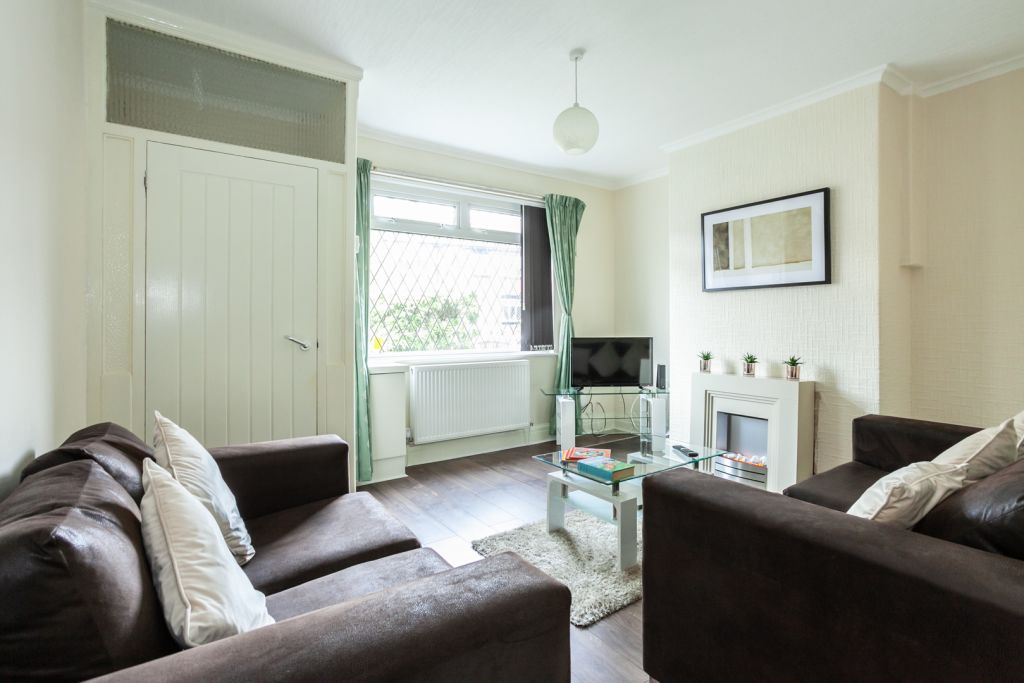 image 4 furnished 2 bedroom Apartment for rent in Tameside, Greater Manchester