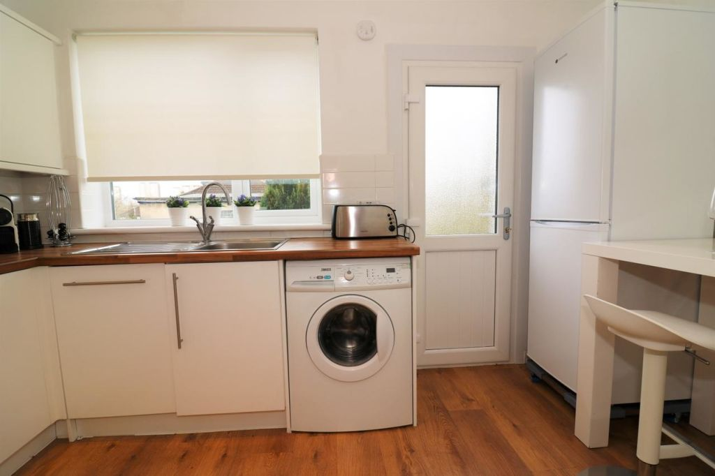 image 6 furnished 3 bedroom Apartment for rent in Victoria Park, Manchester