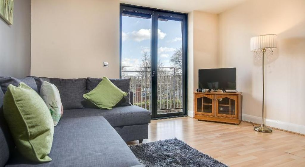 image 1 furnished 2 bedroom Apartment for rent in Ladywood, Birmingham